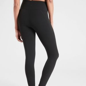 Athleta Salutation 7/8 High Waist Leggings Tights